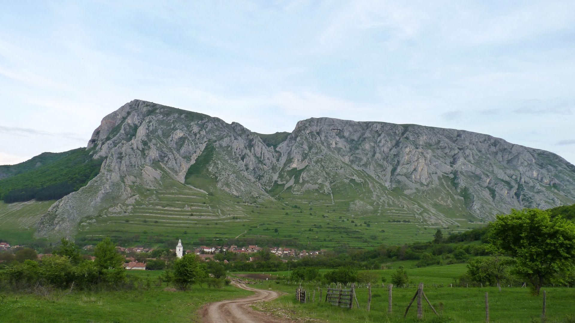 Rimetea village and Piatra Secuiului